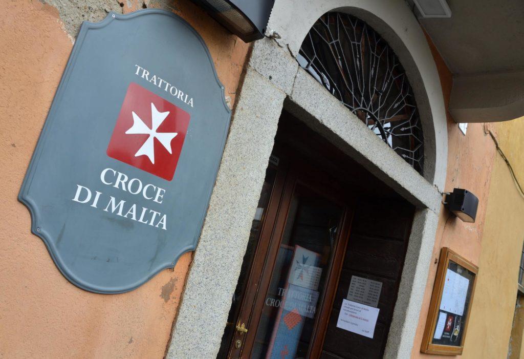 Cibo, vino e affari alla Croce di Malta