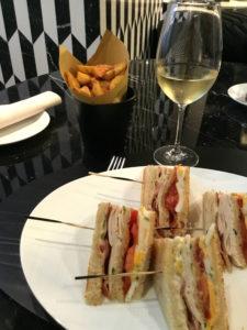 mandarin oriental milano, wine princess, affari a tavola, sauvignon, arnaldo caprai, club sandwich