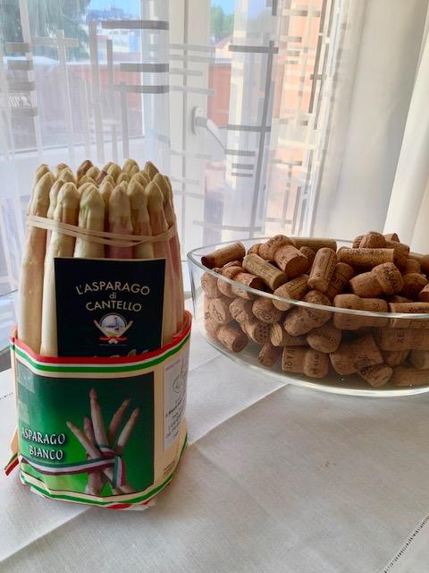 asparagi e sauvignon, cantello, varese, Cantina Bolzano Kellerei, ricetta, abbinamento