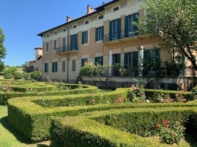 Tenuta Mazzolino, storia di una famiglia che ama il vino!